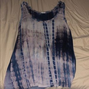 Blue and white marbled tank top